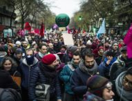 Francia, un milione e mezzo di persone contro riforma delle pensioni