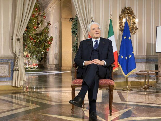 Discorso fine anno, Mattarella demolisce l'autonomia differenziata