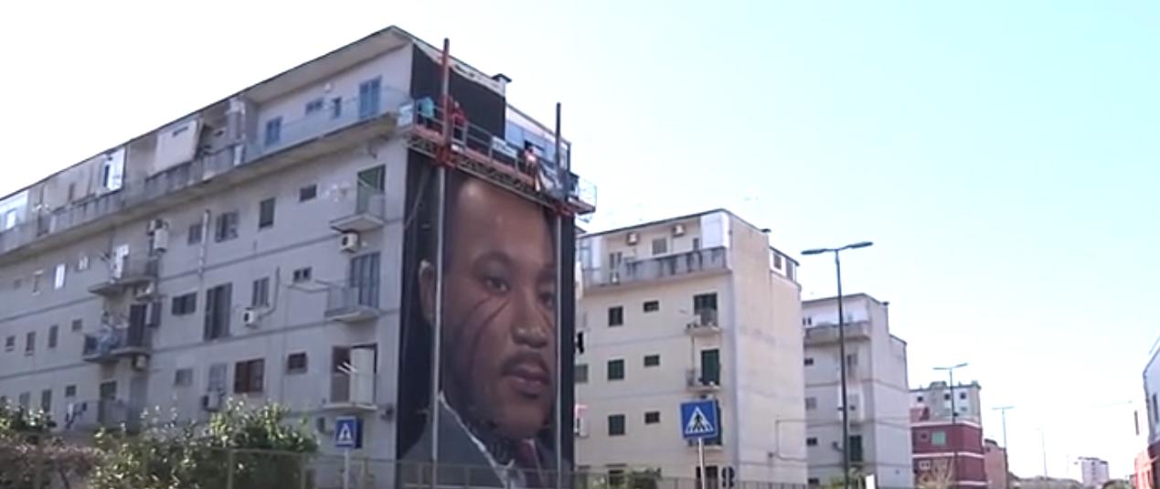 Napoli, il nuovo murales di Jorit ritrae Martin Luther King
