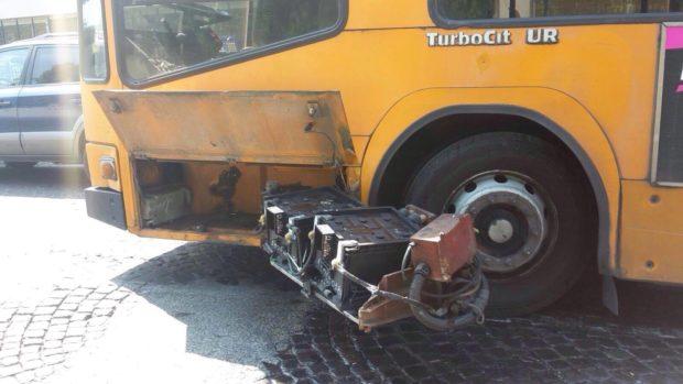 Napoli, mancata sicurezza su Bus e Metro Anm: 15 avvisi di garanzia