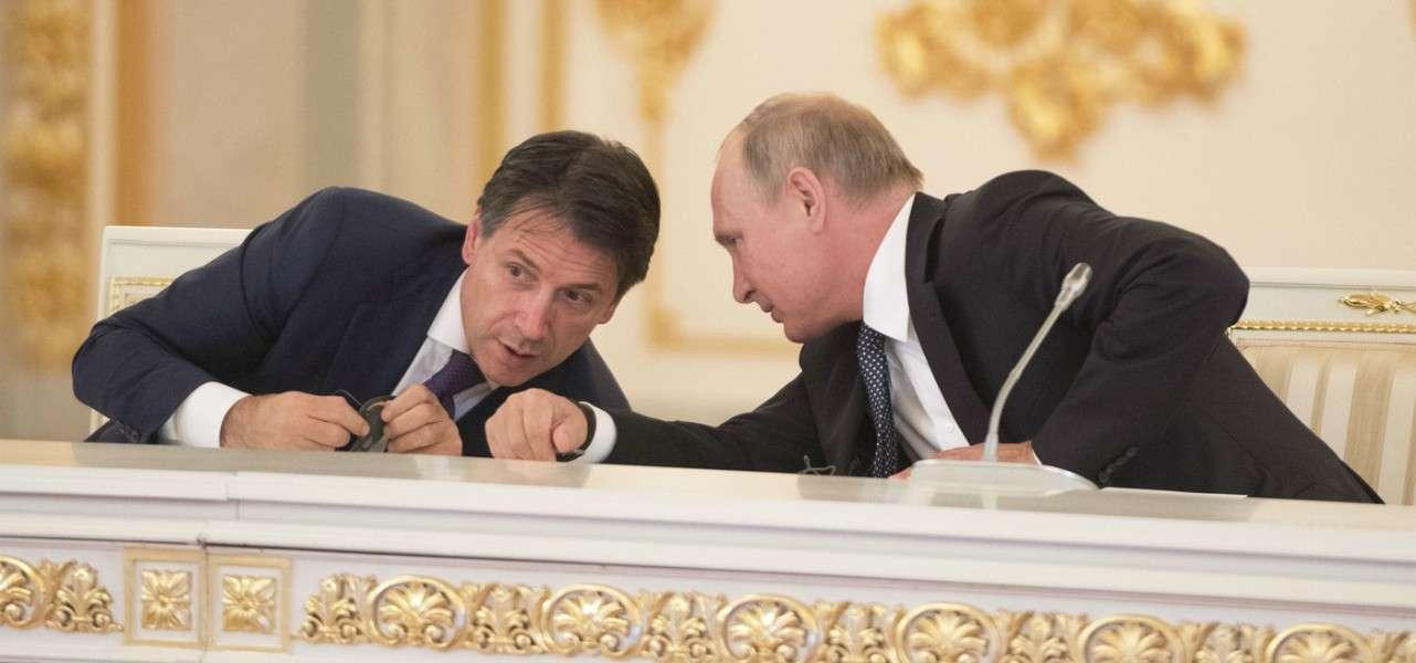 """Putin a Conte: """"la Russia aiuterà l'Italia, manderemo specialisti e attrezzature"""""""