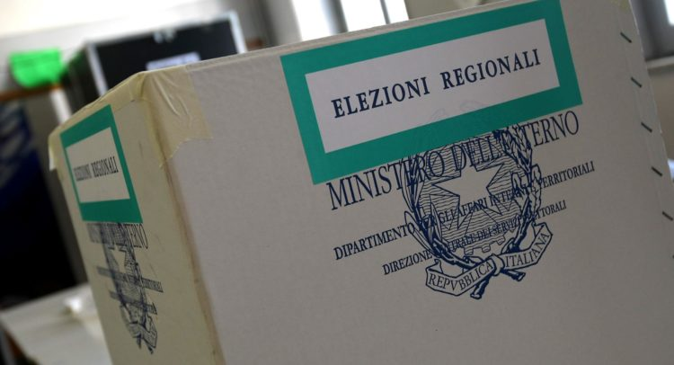 Campania, elezioni: l'imminente  'grande unità' per colpa o merito del Coronavirus