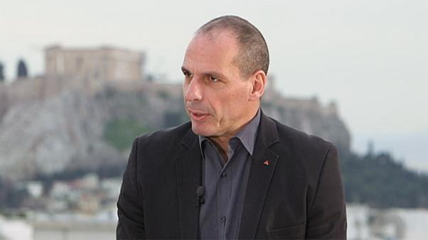 """Yanis Varoufakis: """"Bruxelles chiederà all'Italia sacrifici e una gigantesca austerità"""""""
