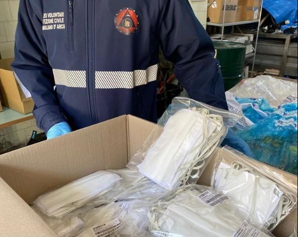 Pomigliano, il sindaco rifiuta 4.000 mascherine donate