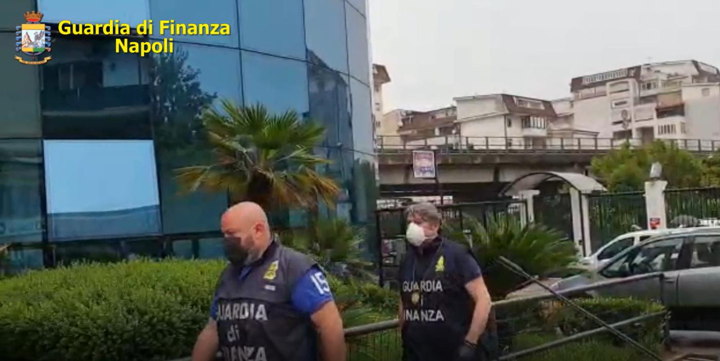Napoli, operazione anticamorra: arresti e sequestro di beni per 10 milioni di euro