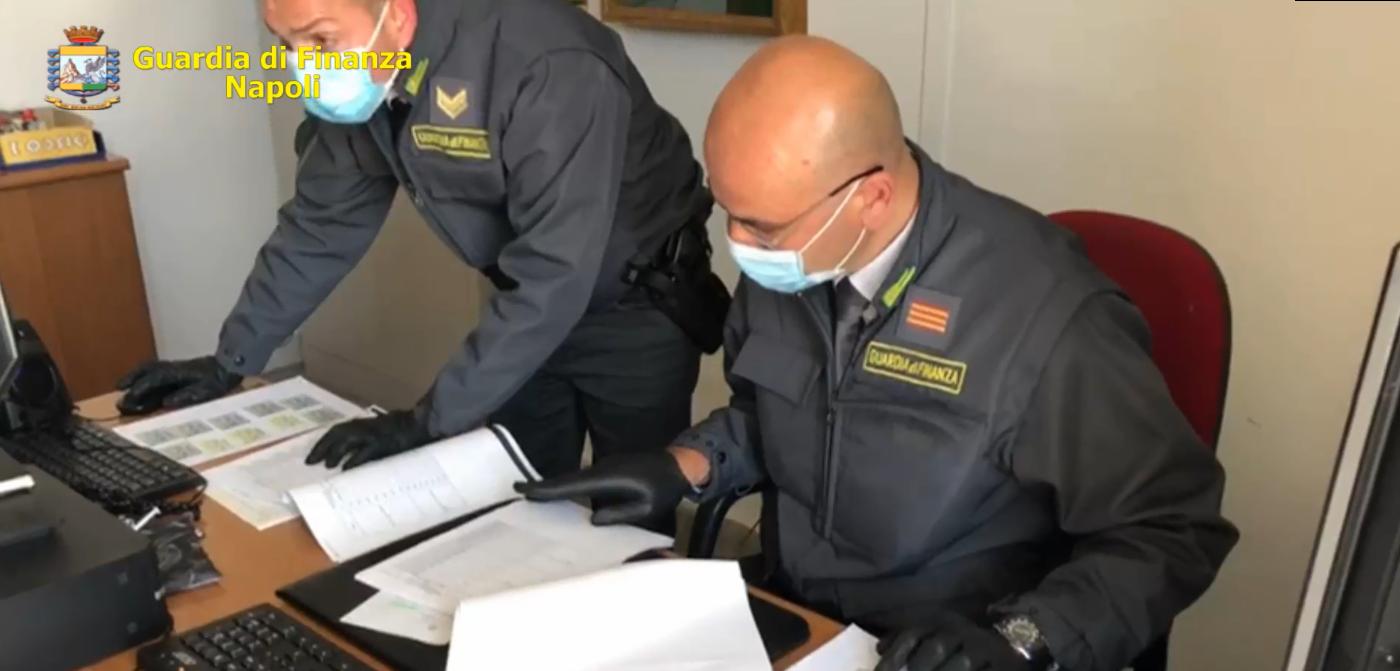Nola, Napoli: Marche da bollo fotocopiate. Sei avvocati accusati di truffa