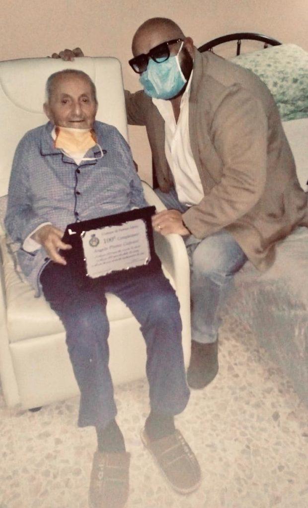 Petruro Irpino,  100 anni di storia testimoniano una vita. Auguri e targa a nonno Angelo Capozzi
