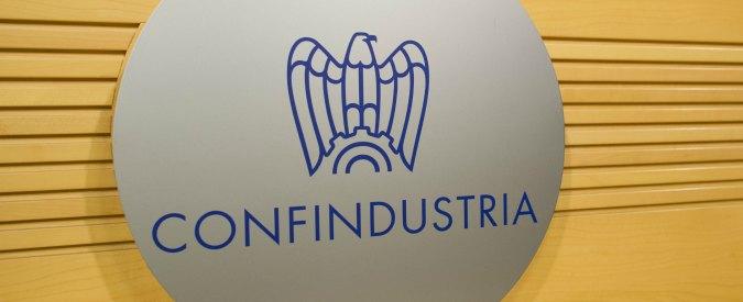 """Confindustria a Draghi: """"Abolire reddito di cittadinanza e Quota 100. Subito licenziamenti liberi"""""""
