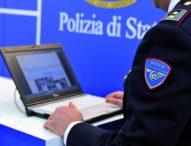 Salerno, arrestato un  influencer 55enne per pedopornografia