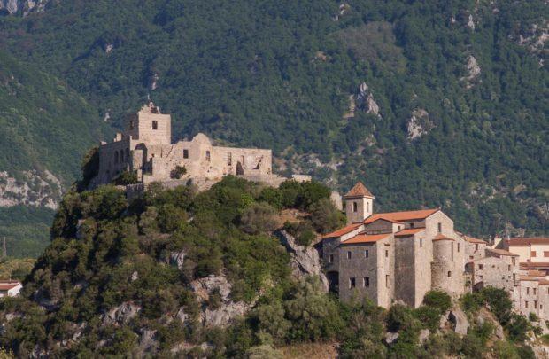Calabritto, settimana di ferragosto al 'Borgo delle favole'