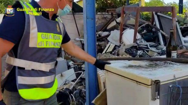 Nola, sequestrate 65 tonnellate di rifiuti