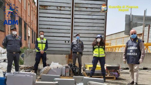 L'Africa come una pattumiera, scoperto a Napoli un traffico di rifiuti pericolosi