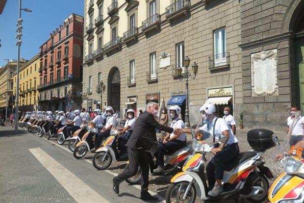 Napoli, il vicesindaco Panini presenta 38 notificatori ma non spiega i criteri di selezione