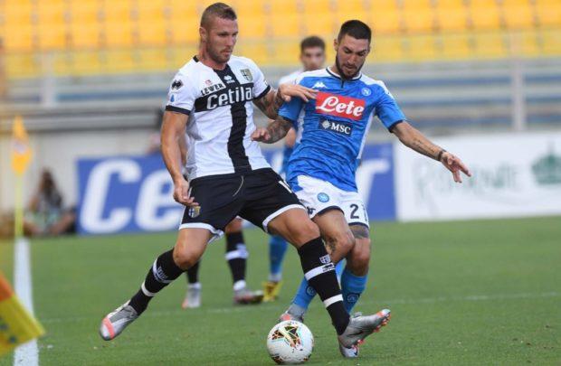 Due rigori dubbi al Parma, un brutto Napoli ko