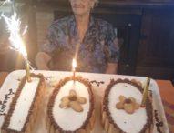 Caserta, il Covid19 non la ferma, Nannina spegne 100 candeline e prende la tessera del sindacato