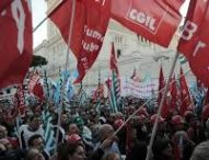 Confindustria vuole mani libere per licenziare, il governo si spacca. Sindacati minacciano sciopero generale