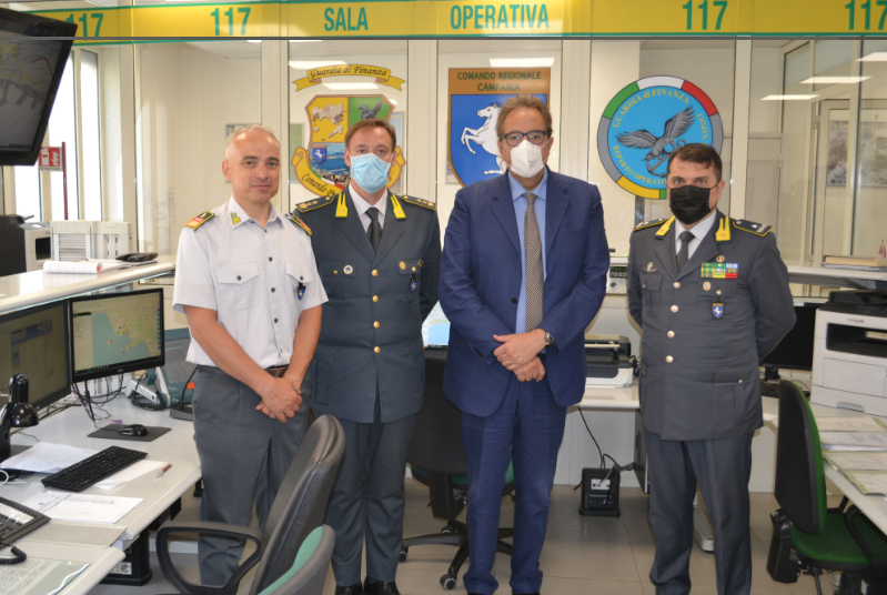Napoli, il Prefetto Valentini incontra forze di polizia