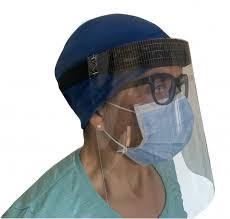 Coronavirus, l'emergenza è un business. Ora vogliono l'obbligo delle visiere