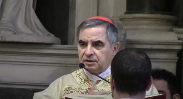 Nuovo scandalo in Vaticano, si dimette il cardinale Becciu