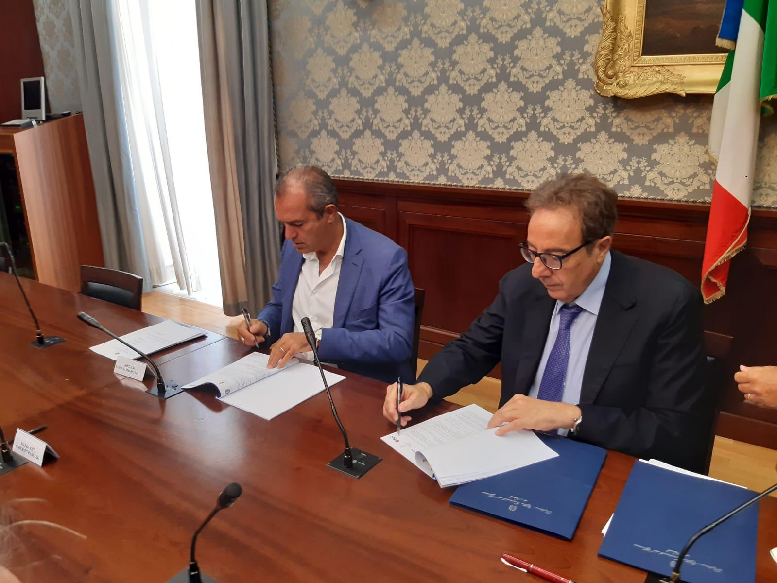 Napoli, firmato protocollo per la legalità e la sicurezza nei cantieri delle linee 1 e 6 Metropolitana