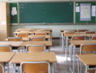 Covid, De Luca chiude le scuole fino al 14 marzo: niente prove di contagi in classe