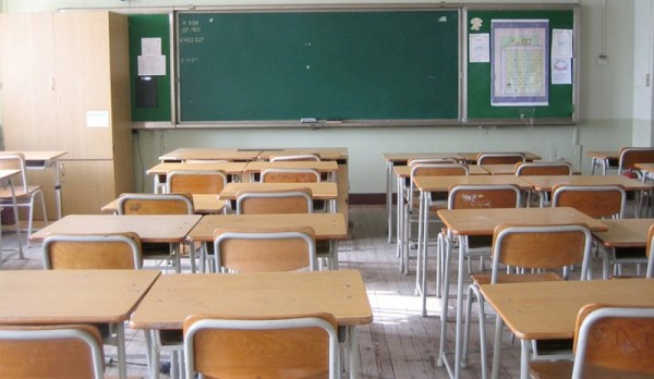 Scuola, De Luca mette in dubbio pure il via del 24 settembre