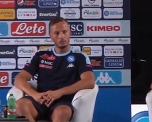 """""""Rrahmani e un preparatore positivi al Covid"""". Ma il Napoli smentisce i siti"""