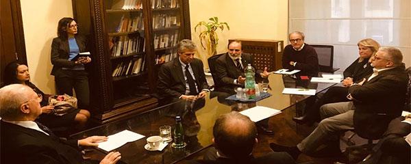 Campania, De Luca ha concordato la chiusura delle scuole con i sindacati e le associazioni degli studenti