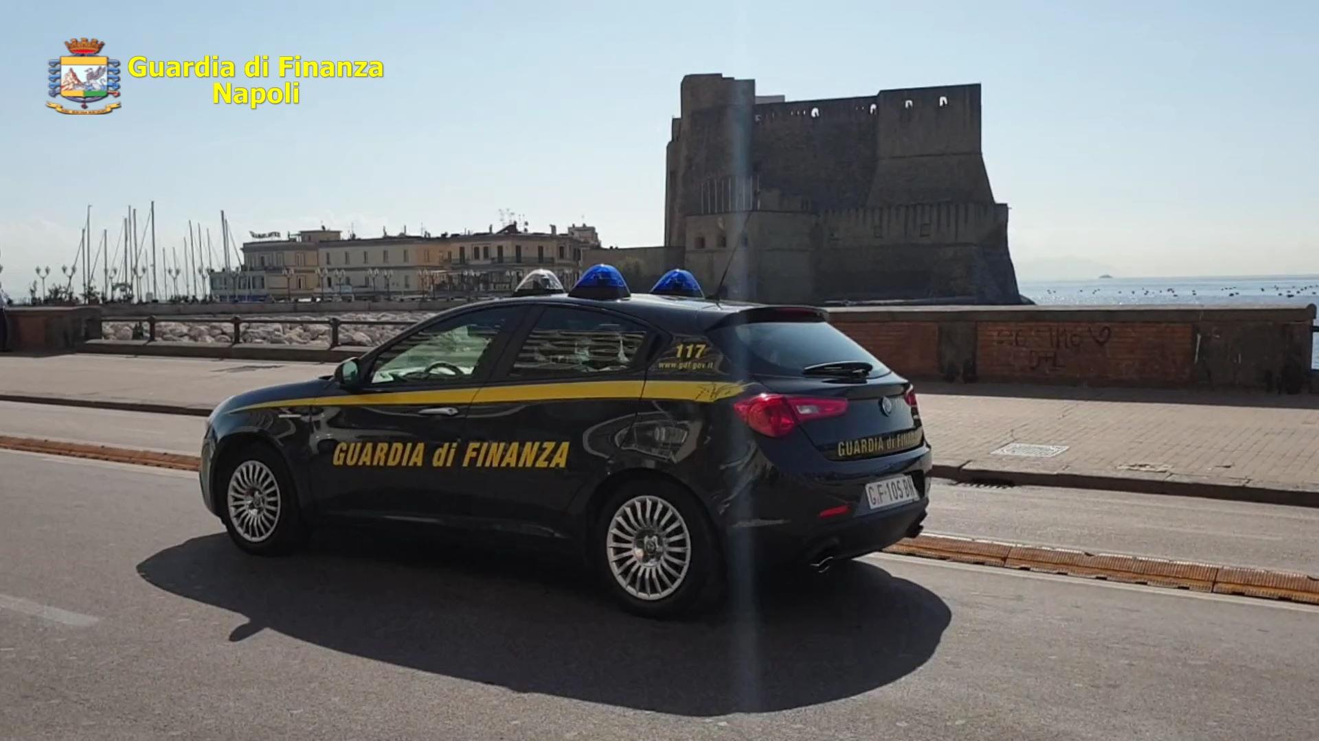 Napoli, corruzione e riciclaggio: custodia cautelare per 16 persone