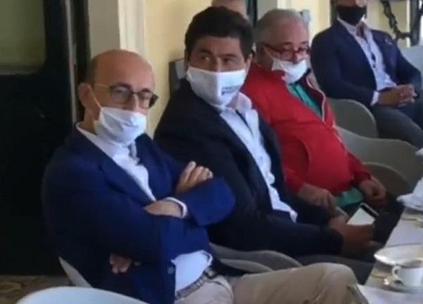 Sorrento, lo strano ballottaggio: Casillo sostiene il rivale del candidato Pd