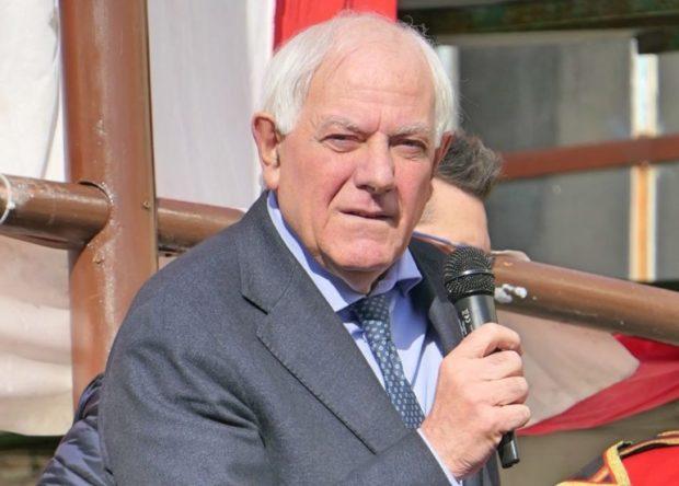 Melito, il sindaco Amente è morto per Covid