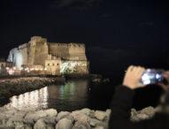 Napoli, Castel dell'Ovo diventa spazio collettivo per commemorare Diego