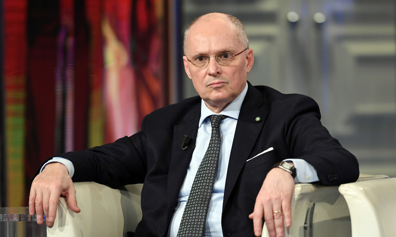 """L'eurodeputato Pedicini: """"Il ministro Speranza dovrebbe licenziare Walter Ricciardi"""""""