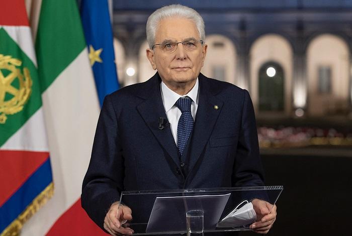 """Fine anno, Mattarella """"pro vax"""" con botta a De Luca"""