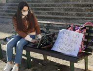Scuola, studentessa insultata dai docenti perchè vuole rientrare in classe