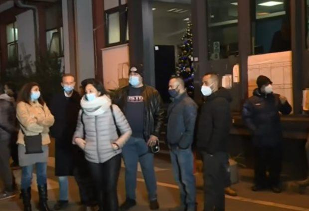"""Whirlpool Napoli: """"Non si molla neanche a Natale"""""""