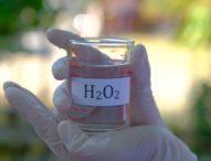 Covid, studio ricercatori di Napoli: acqua ossigenata previene il virus