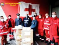 Covid, Napoli: alla Croce Rossa 30 mila mascherine sequestrate dalla Guardia di Finanza