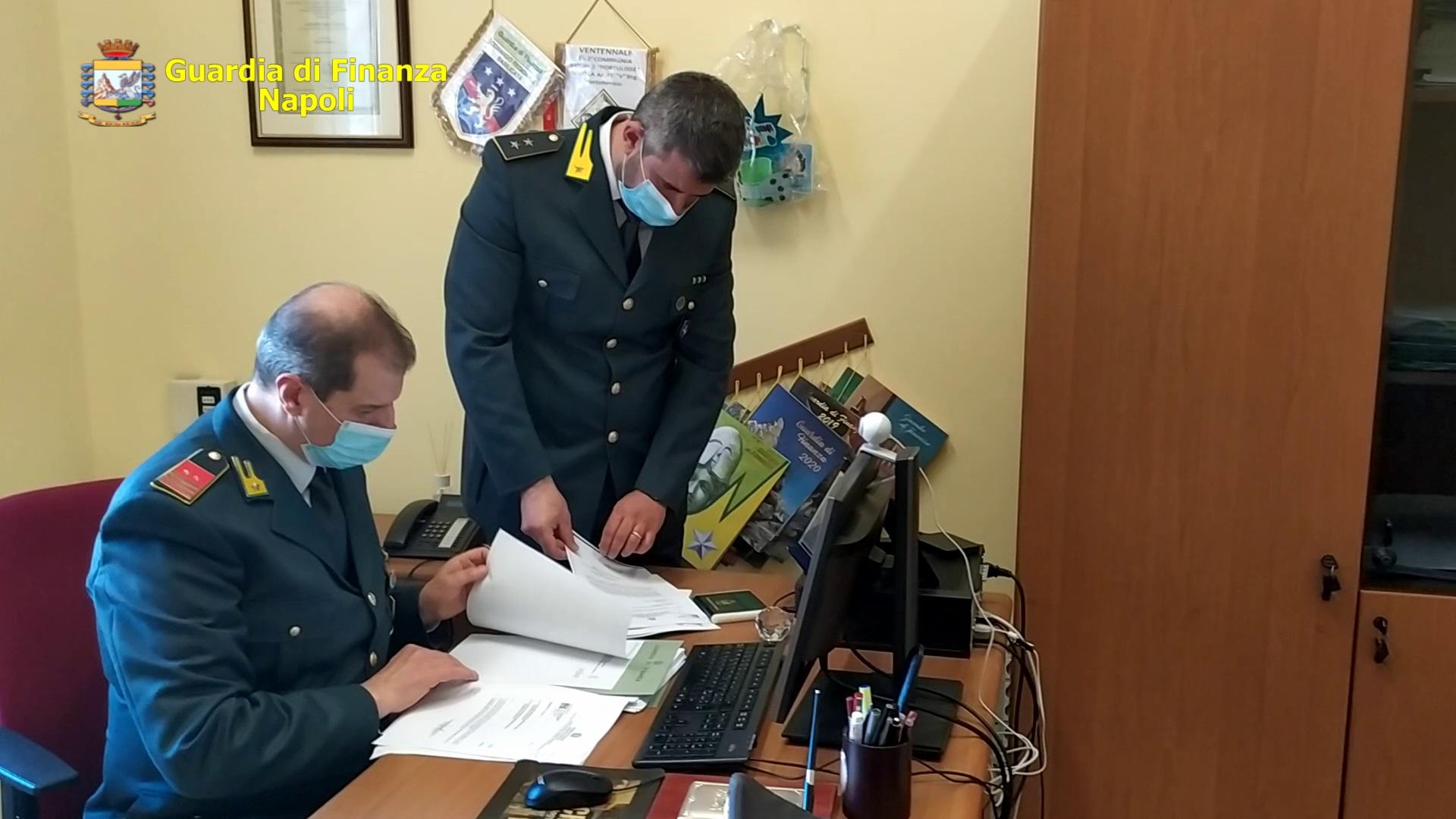 Napoli, le fiamme gialle scoprono maxi frode fiscale, sequestri per 16 milioni