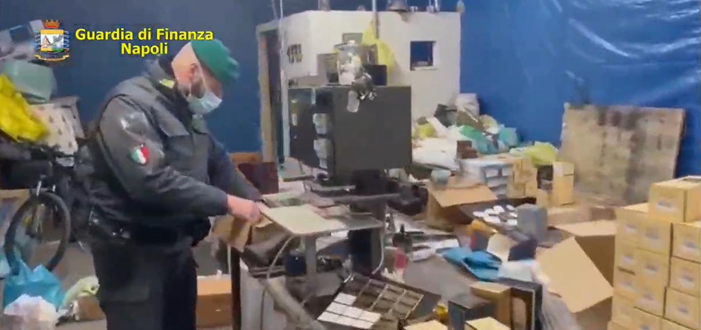 Melito Napoli, maxi sequestro di due fabbriche di profumi