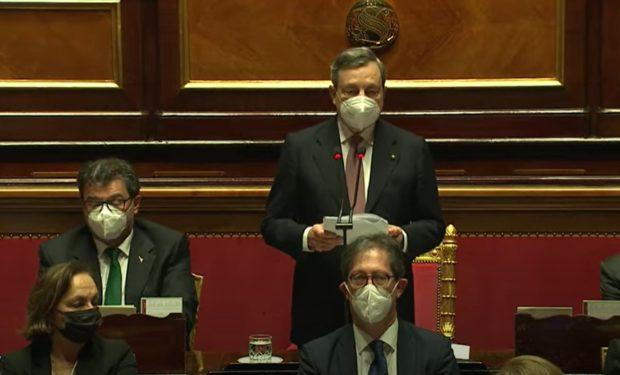 Governo Draghi, al Senato ok alla fiducia: 40 No, almeno 15 del M5S