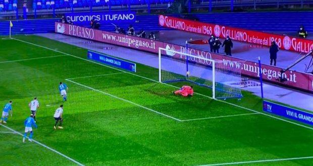 Napoli tutto cuore, Juventus al tappeto
