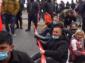 """Napoli, le donne disoccupate bloccano il lungomare: """"La crisi scaricata sulle famiglie proletarie"""""""