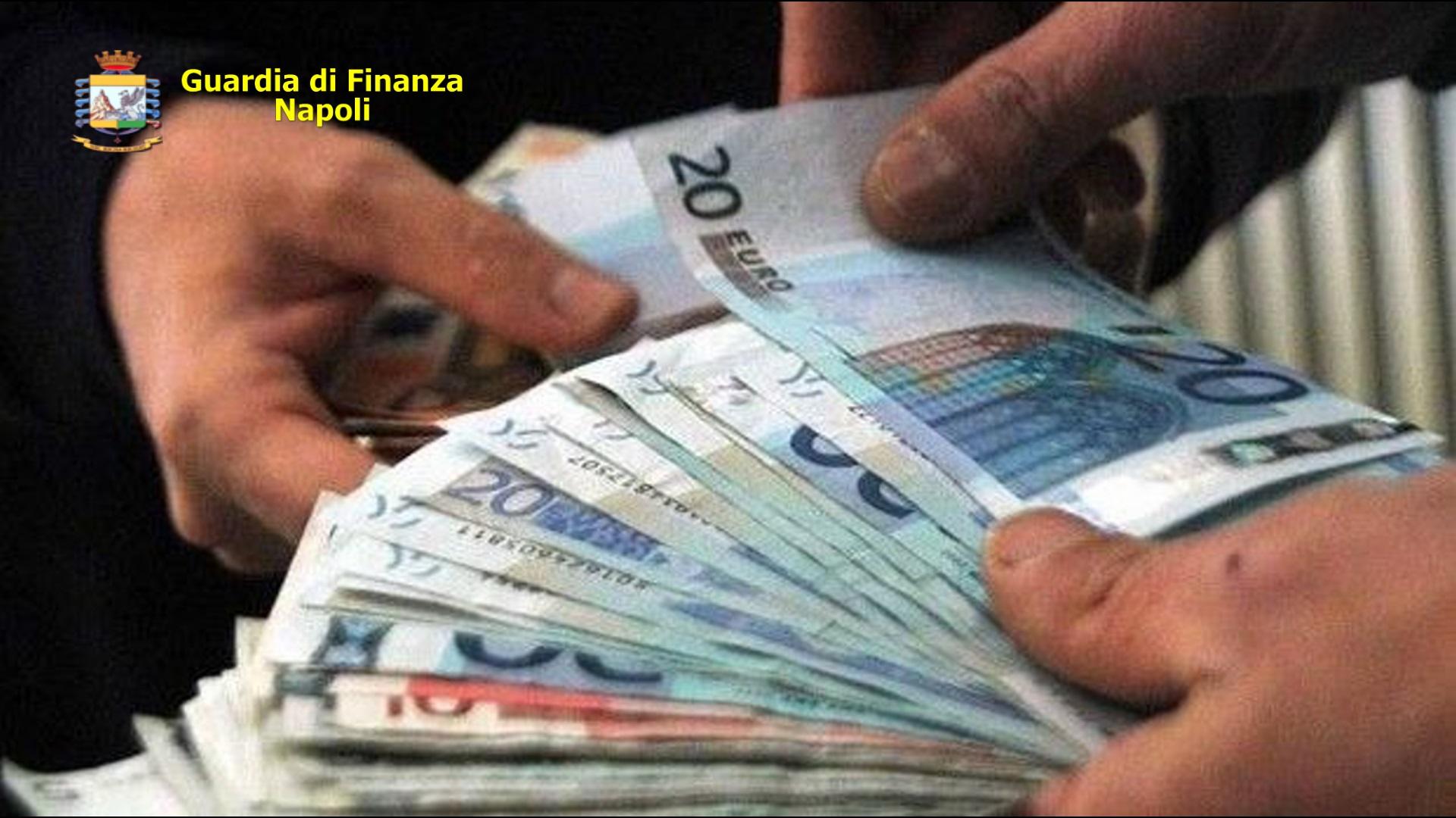 Usura, a Napoli coniugi davano soldi al 400 per cento di interesse