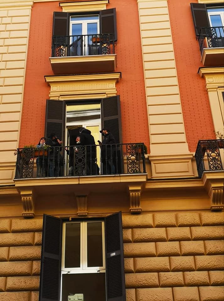 Napoli, guerra tra disoccupati. Occupata stanza capogruppo Dema