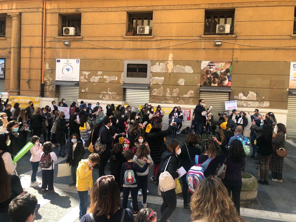 """Scuola, Silvestri: """"la didattica a distanza alimenta disagi e pochi benefici"""""""