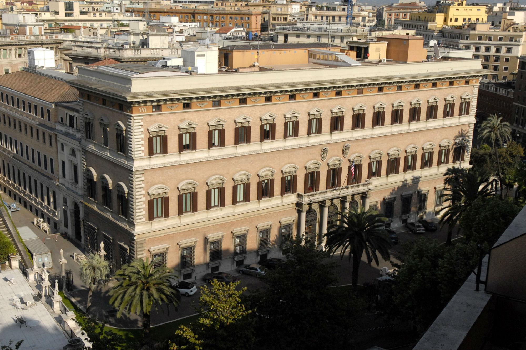 Roma, terrorismo mediatico: l'ambasciata americana raccomanda di non viaggiare in Italia