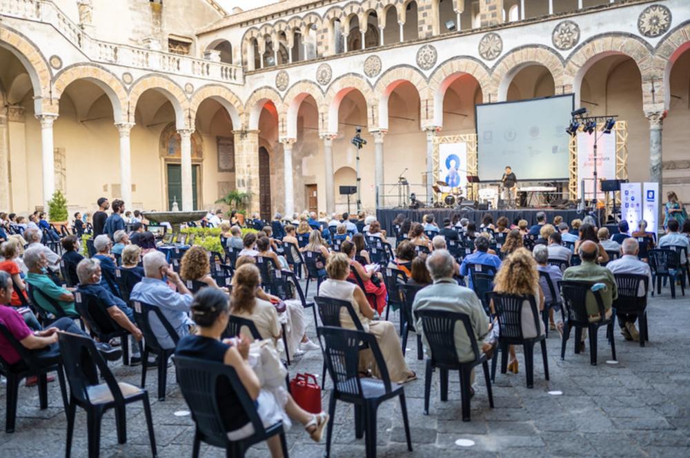 """""""Le Occasioni"""" a Salerno Letteratura."""