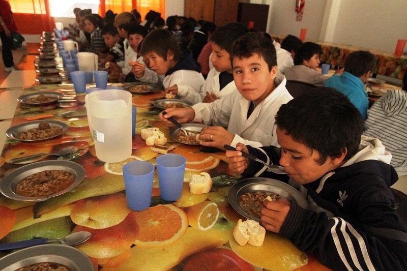 Covid 19, Argentina: le scuole chiuse allontanano gli studenti poveri