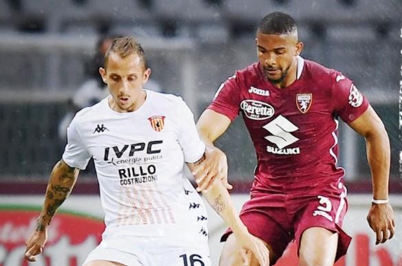 Il Benevento saluta la A pareggiando a Torino